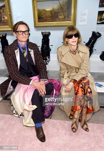 Journalist Hamish Bowles and Vogue EditorinChief Anna Wintour attend the Carolina Herrera front row during New York Fashion Week The Shows on...