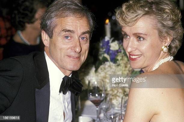 Journalist Harold Evans and Tina Brown attend Oxford University Fundraiser Dinner on September 19 1989 at the Plaza Hotel in New York City
