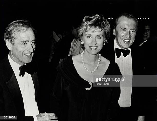 Journalist Harold Evans Tina Brown and David Frost attend Gala Helen Gurley Brown's 25th Anniversary as Editor of Cosmopolitan Magazine on June 25...
