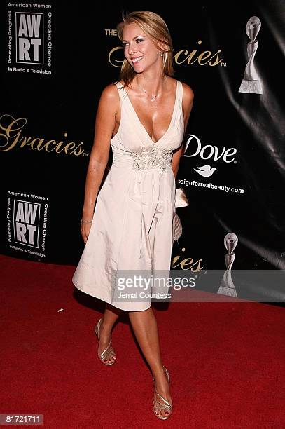 Journalist Lara Logan attends the 33rd Annual American Women In Radio Television Gracie Allen Awards at the Marriott Marquis on May 28 2008 in New...