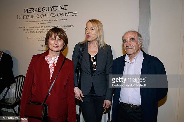 Journalist Laure Adler standing between Catherine Millet and her husband Jacques Henric attend the Pierre Guyotat La matiere de nos oeuvres...
