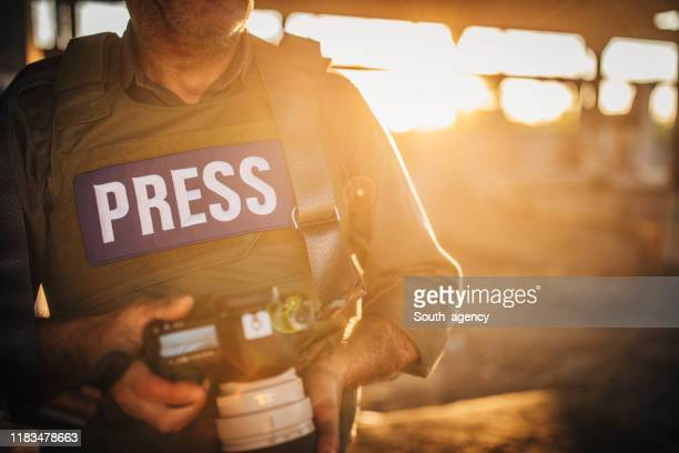 journalist making reportage - journalist stock pictures, royalty-free photos & images