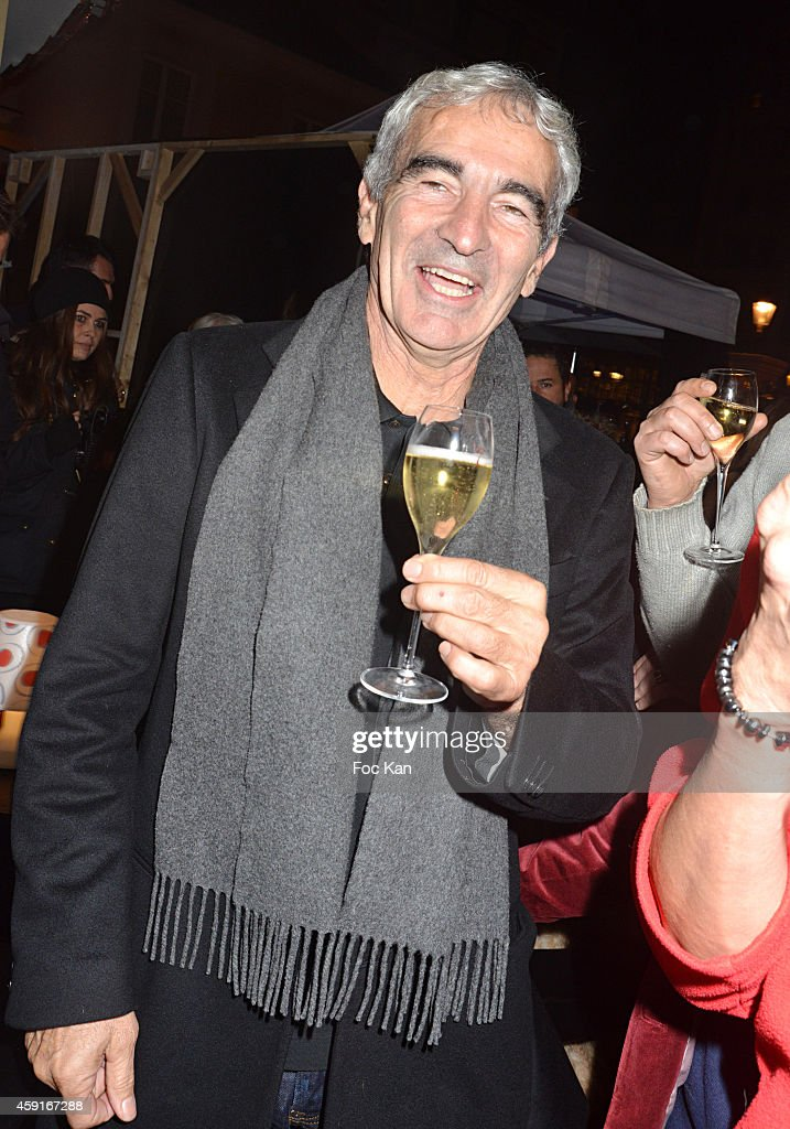 TV journalist Raymond Domenech attends Saperlipopette' : Norbert Cremaillere Party on November 17, 2014 in Puteaux, France.