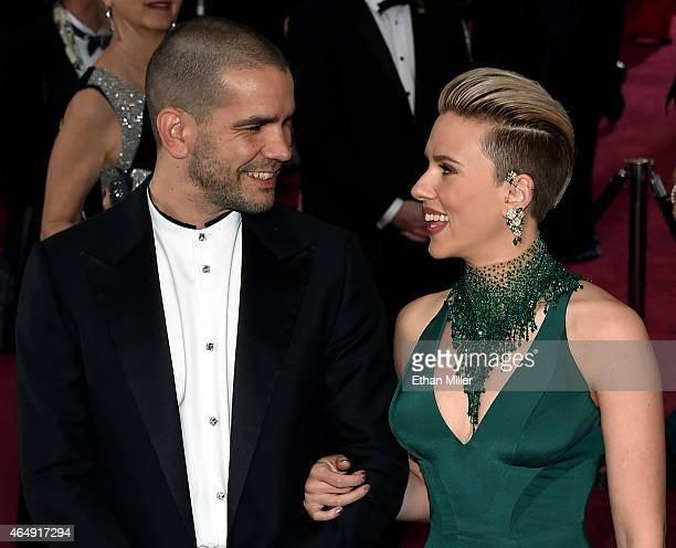 Journalist Romain Dauriac and actress Scarlett Johansson attend the 87th Annual Academy Awards at Hollywood Highland Center on February 22 2015 in...