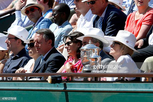 Journalist Ruth Elkrief, Secretary of State for Sports Thierry Braillard, Mayor of Paris Anne Hidalgo, President of FFT Jean Gachassin and his wife...