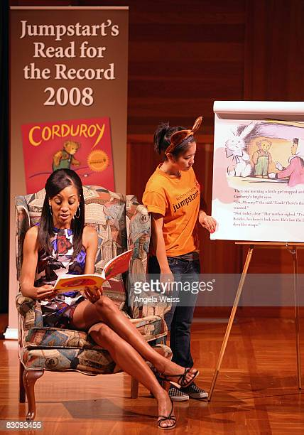 Journalist Shaun Robinson attends JumpStart's Read For The Record Event on October 2 2008 in Los Angeles California