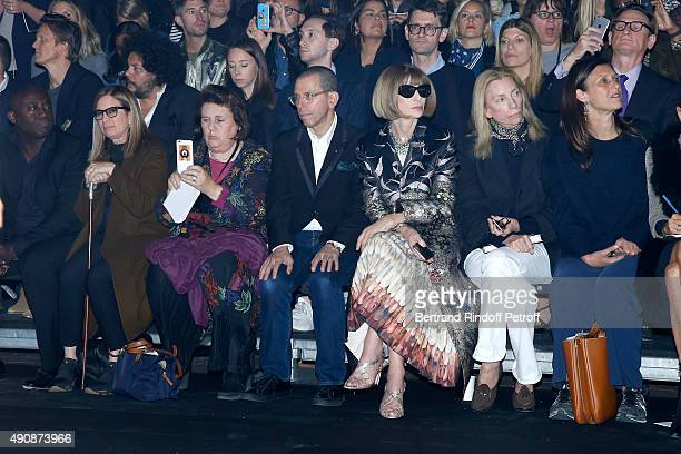 Journalist Suzy Menkes CEO Conde Nast Jonathan Newhouse and Journalist Anna Wintour attend the Lanvin show as part of the Paris Fashion Week...
