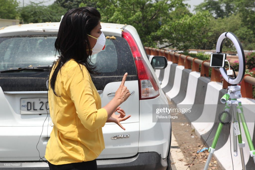 Television Journalism in times of the Corona Virus Pandemic : News Photo
