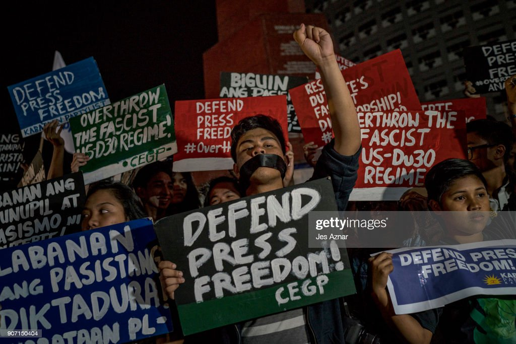 Filipinos Protest Against Orders For News Site Rappler To Close : News Photo