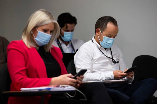 AUS: WA Premier Mark McGowan Announces Snap Lockdown After Perth Quarantine Hotel COVID-19 Outbreak