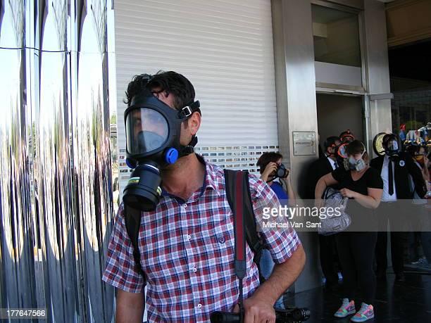 CONTENT] Journalists clash with Police Polis @ Taksim Square June 11th 2013 1230 pm Taksim June 11th 2013 1230 pm Istanbul gezipark gezi turkey...