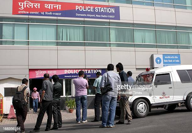 Journalists outside the Palam airport police station on October 26 2010 in New Delhi India The film star of forth coming film Band Baja Aur Barati...