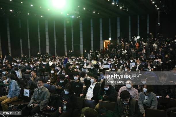 Journalists wear masks in light of coronavirus ahead the 'Parasite' press conference on February 19 2020 in Seoul South Korea 'Parasite' won the best...