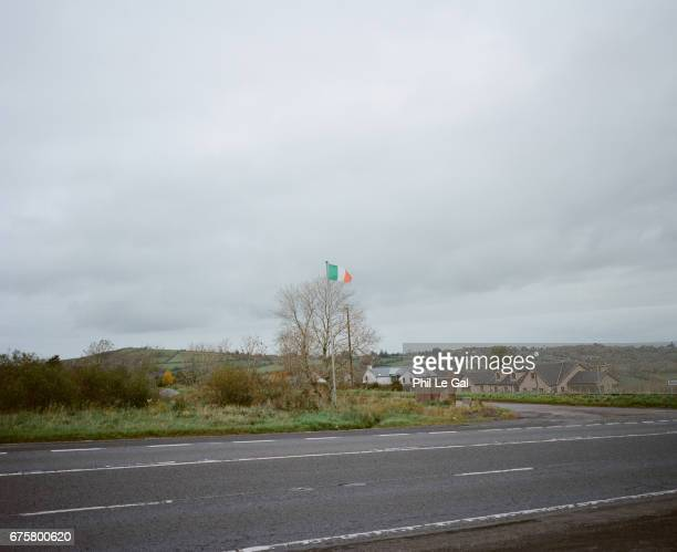 Journey along the borders between the Republic of Ireland and Northern Ireland to document the potential impact of Brexit on local communities.