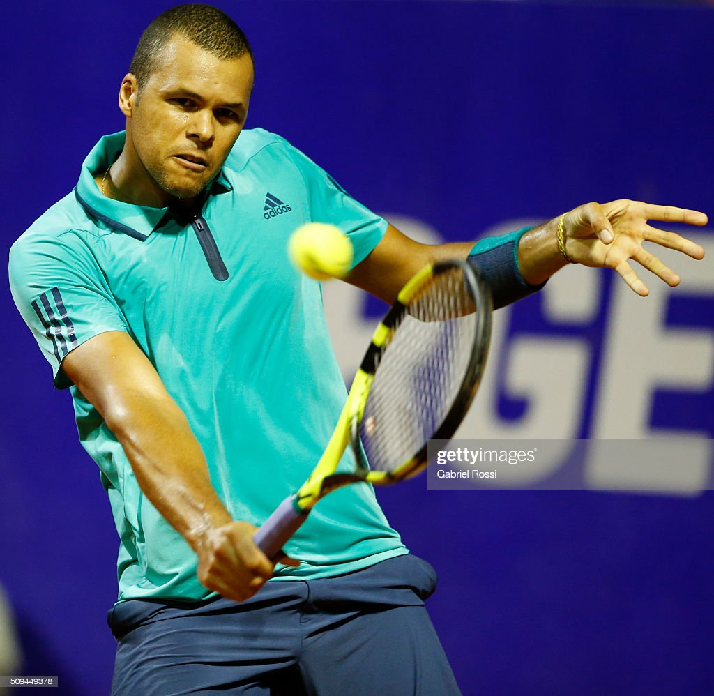 Jo-Wilfried Tsonga of France takes a backhand shot during a match between Leonardo Mayer of Argentina and Jo-Wilfried Tsonga of France as part of ATP Argentina Open at Buenos Aires Lawn Tennis Club on February 10, 2016 in Buenos Aires, Argentina.