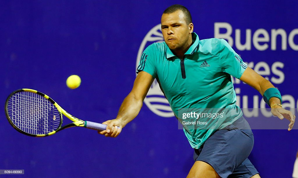 Jo-Wilfried Tsonga of France takes a forehand shot during a match between Leonardo Mayer of Argentina and Jo-Wilfried Tsonga of France as part of ATP Argentina Open at Buenos Aires Lawn Tennis Club on February 10, 2016 in Buenos Aires, Argentina.