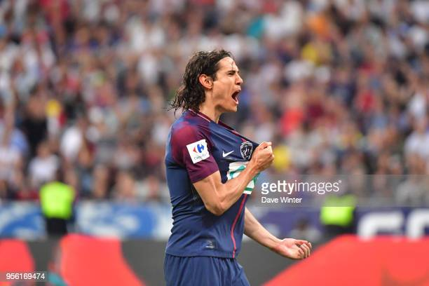 Joy for Edinson Cavani of PSG after he puts his side 20 ahead during the French Cup Final between Les Herbiers and Paris Saint Germain at Stade de...