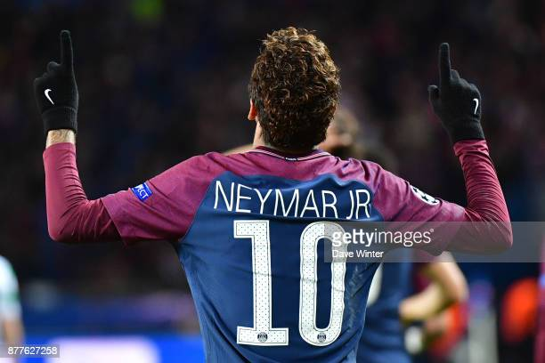 Joy for Neymar JR of PSG as he puts his side 21 ahead during the UEFA Champions League match between Paris Saint Germain and Glasgow Celtic at Parc...