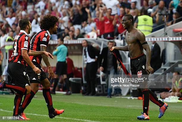 Joy of Mario Balotelli and Valentin Eysseric and Dante of Nice during the Ligue 1 match between OGC Nice and FC Lorient on October 2 2016 in Nice...