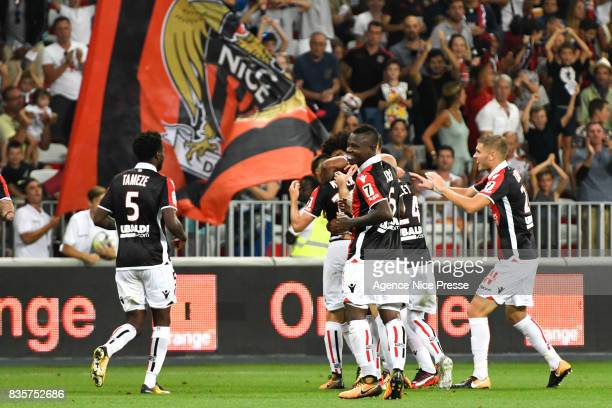 Joy of Nice after the goal of Remi Walter during the Ligue 1 match between OGC Nice and EA Guingamp at Allianz Riviera on August 19 2017 in Nice