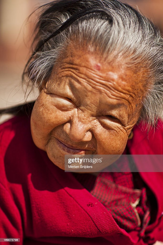 Joyful senior lady smiling : Stockfoto