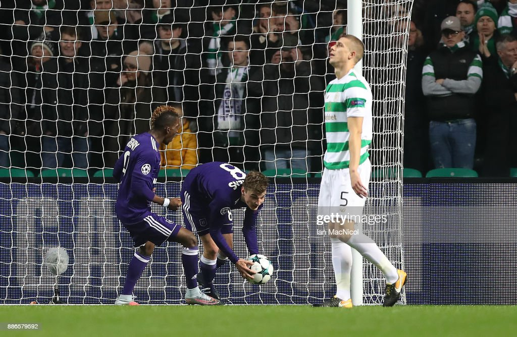 Jozo Simunovic of Celtic reacts after scoring in his own goal during the UEFA Champions League group B match between Celtic FC and RSC Anderlecht at Celtic Park on December 5, 2017 in Glasgow, United Kingdom.