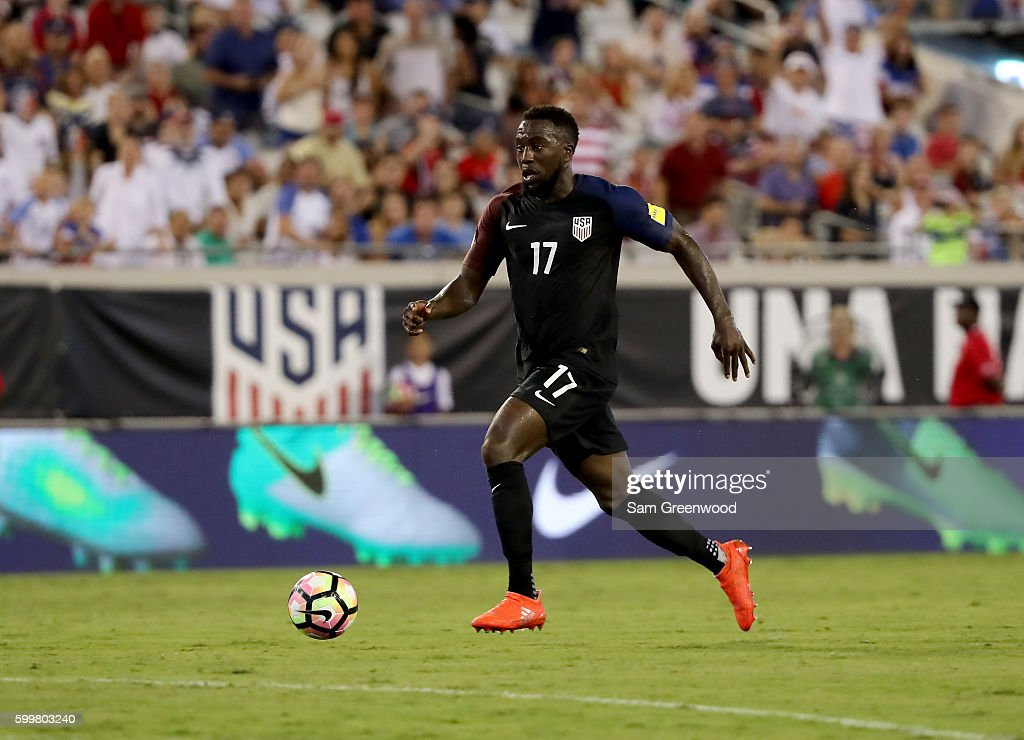 Jozy Altidore #17 of the United States drives toward the goal during the FIFA 2018 World Cup Qualifier against Trinidad & Tobago at EverBank Field on September 6, 2016 in Jacksonville, Florida.