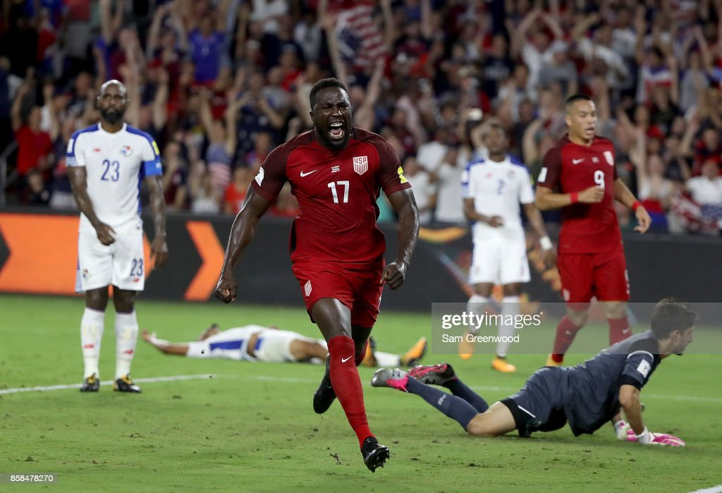 Jozy Altidore #17 of the United States reacts to a goal during the final round qualifying match against Panama for the 2018 FIFA World Cup at Orlando City Stadium on October 6, 2017 in Orlando, Florida.