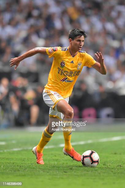 Jürgen Damm, #25 of Tigres, drives the ball during the final second leg match between Monterrey and Tigres UANL as part of the CONCACAF Champions...