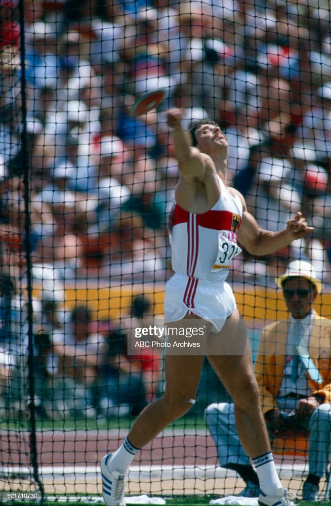 Men's Decathlon Discus Throw Competition At The 1984 Summer Olympics : Foto di attualità