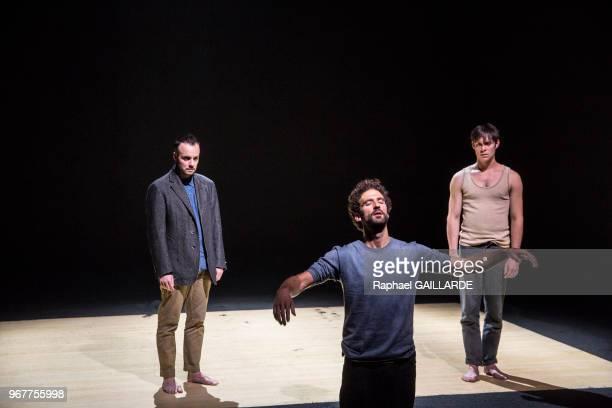 Jérémy Lopez Sébastien Pouderoux et Christophe Montenez de la troupe de la ComédieFrançaise interprètent la pièce 'Haute Surveillance' de Jean Genet...
