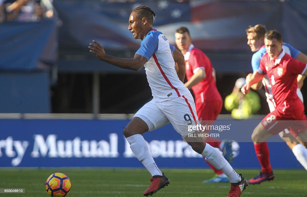 Juan Agudelo of the US dribbles the ball against Serbiam during the second half of a MLS friendly match at Qualcomm Stadium in San Diego, California on January 29, 2017. / AFP / Bill Wechter
