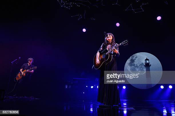 Juan Aguirre and Eva Amaral of Amaral perform on stage at Barclaycard Center in Madrid on May 19, 2016 in Madrid, Spain.