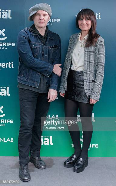 Juan Aguirre and Eva Amaral of spanish band Amaral attend the 'Cadena Dial' awards press conference at Prisa Radio studios on January 23 2017 in...