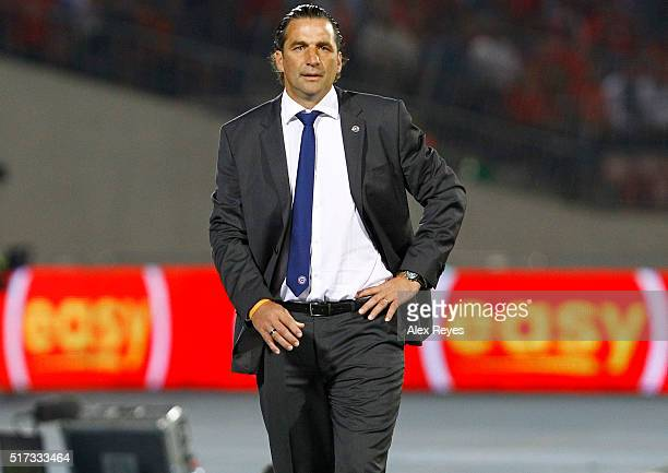 Juan Antonio Pizzi coach of Chile walks on the sideline during a match between Chile and Argentina as part of FIFA 2018 World Cup Qualifiers at...