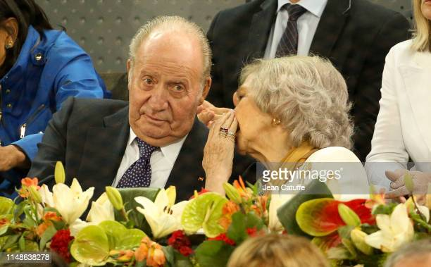 Juan Carlos I of Spain and Queen Sofia of Spain attend the defeat of Rafael Nadal of Spain against Stefanos Tsitsipas of Greece during day 8 of the...