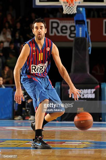 Juan Carlos Navarro #11 of FC Barcelona Regal in action during the 20112012 Turkish Airlines Euroleague Regular Season Game Day 6 between FC...