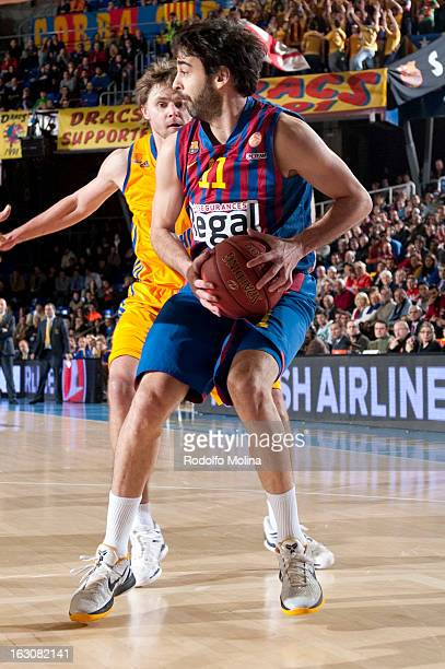 Juan Carlos Navarro #11 of FC Barcelona Regal in action during the 20122013 Turkish Airlines Euroleague Top 16 Date 9 between FC Barcelona Regal v BC...