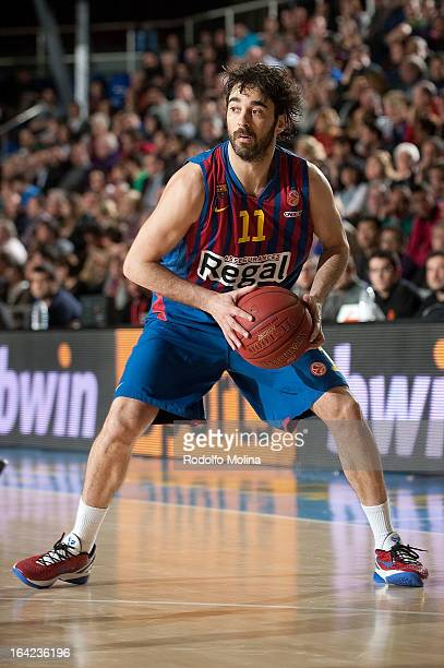 Juan Carlos Navarro #11 of FC Barcelona Regal in action during the 20122013 Turkish Airlines Euroleague Top 16 Date 12 between FC Barcelona Regal v...