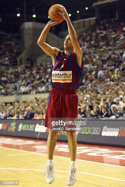Juan Carlos Navarro of Winterthur Barcelona shoots in a match between the Philadelphia 76ers at the Palau Sant Jordi Arena during NBA Europe Live...