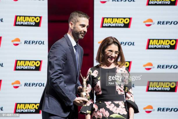 Juan Carlos Navarro receives the exceptional sports trajectory award during the 70th Mundo Deportivo Gala on February 5 2018 in Barcelona Spain