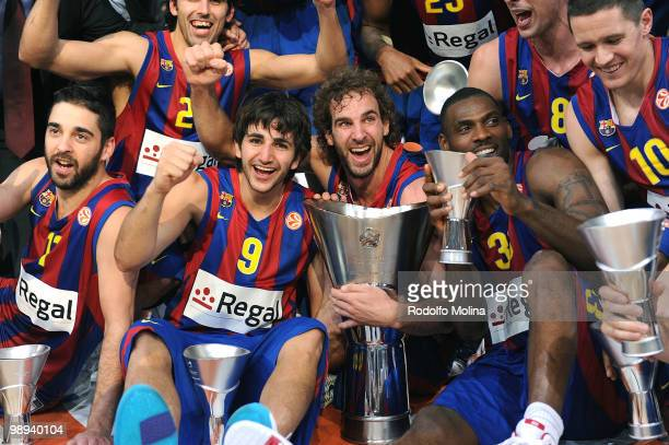 Juan Carlos Navarro Ricky Rubio Roger Grimau and Pete Mickeal and Regal FC Barcelona teammates celebrate during the 20092010 Euroleague Basketball...