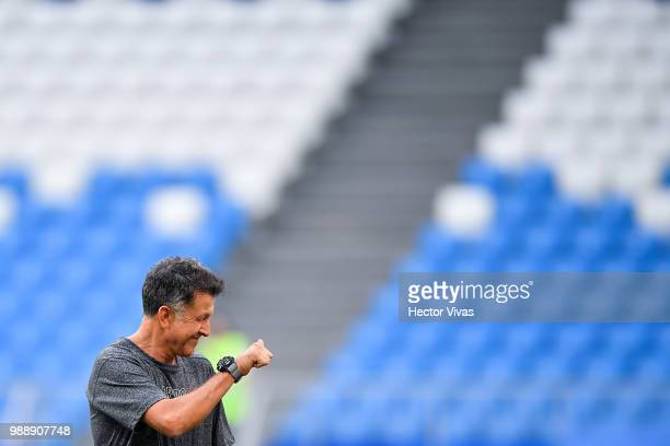 Juan Carlos Osorio coach of Mexico gestures during a training at Samara Arena ahead of the Round of Sixteen match against Brazil on July 1 2018 in...