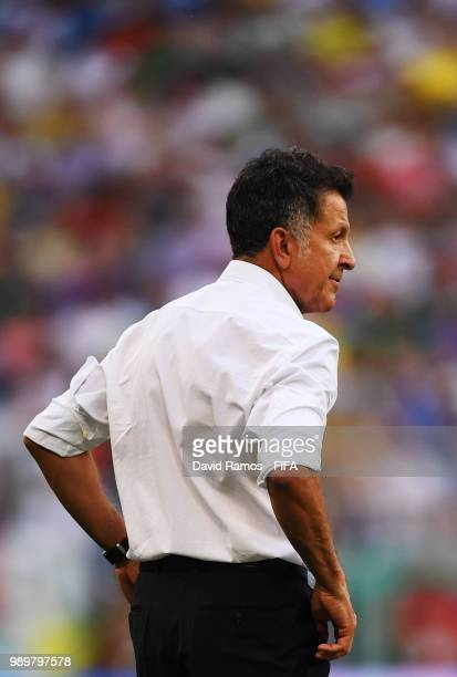 Juan Carlos Osorio Manager of Mexico looks on dejected during the 2018 FIFA World Cup Russia Round of 16 match between Brazil and Mexico at Samara...