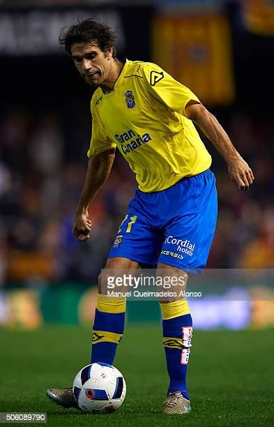 Juan Carlos Valeron of Las Palmas in action during the Copa del Rey quarterfinal first leg match between Valencia CF and UD Las Palmas at Estadio...