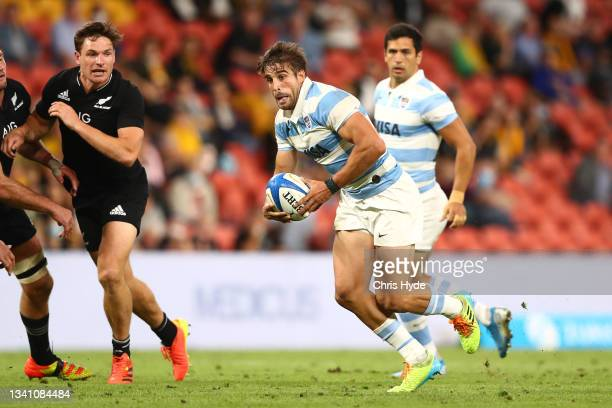 Juan Cruz Mallía of Argentina runs the ball during The Rugby Championship match between the Argentina Pumas and the New Zealand All Blacks at Suncorp...