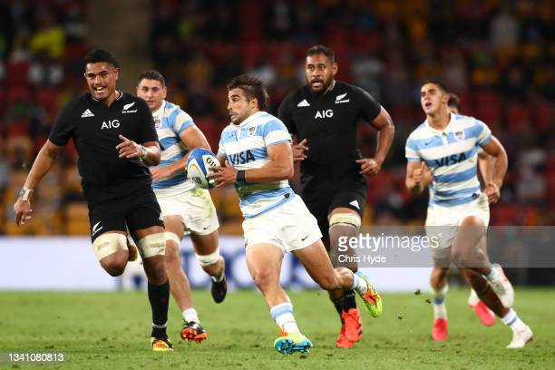 Juan Cruz Mallia of Argentina charges forward during The Rugby Championship match between the Argentina Pumas and the New Zealand All Blacks at...