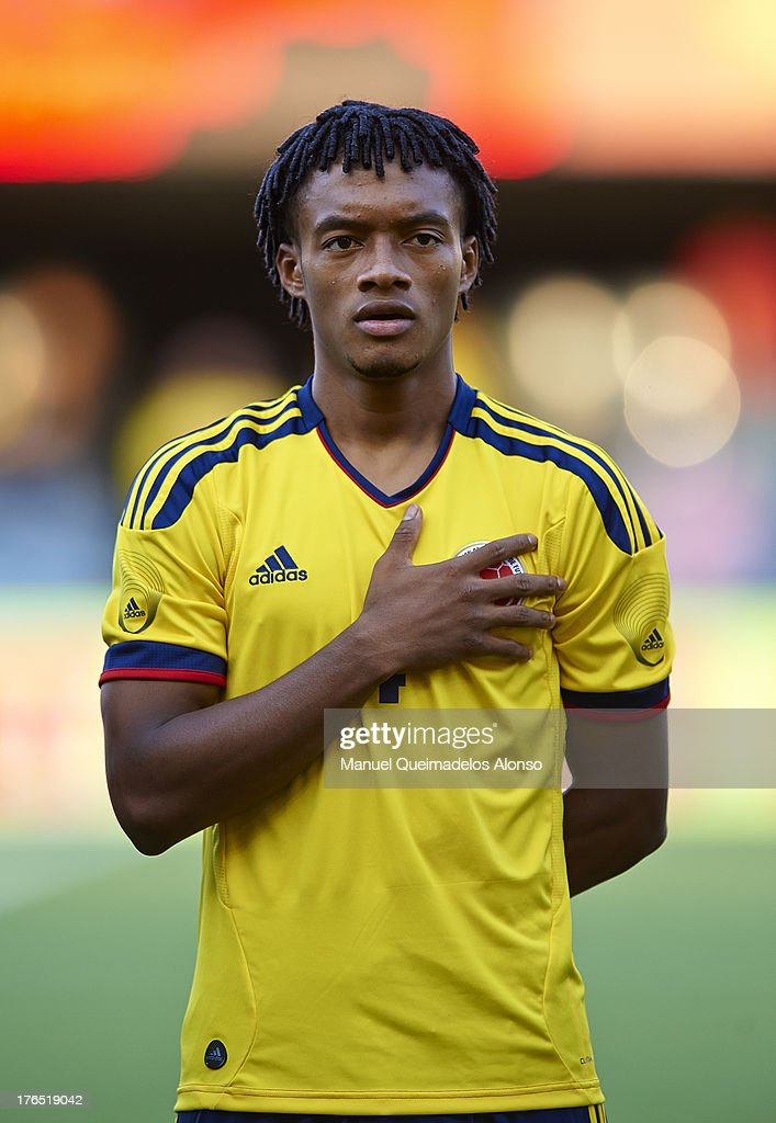 new concept f7268 e6155 Juan Cuadrado of Colombia lines up ahead of the ...