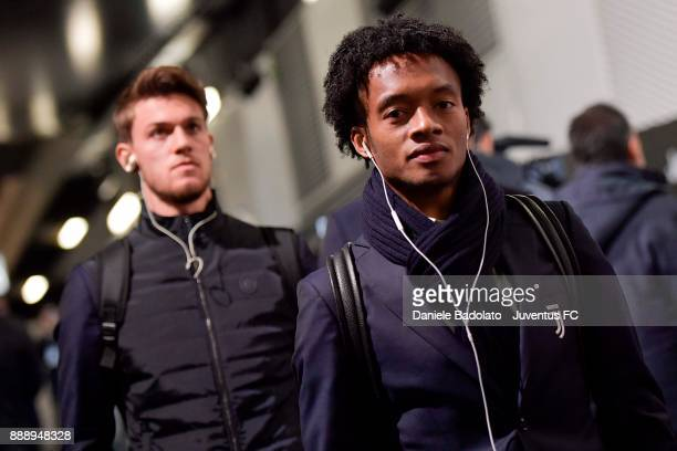 Juan Cuadrado of Juventus arrives at Allianz Stadium before during the Serie A match between Juventus and FC Internazionale on December 9 2017 in...