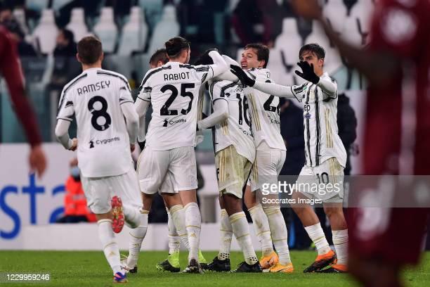 Juan Cuadrado of Juventus celebrates with Aaron Ramsey of Juventus, Adrien Rabiot of Juventus, Paulo Dybala of Juventus, Federico Chiesa of Juventus...